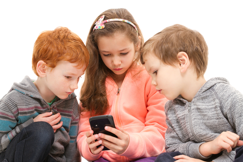Kids with smartphone